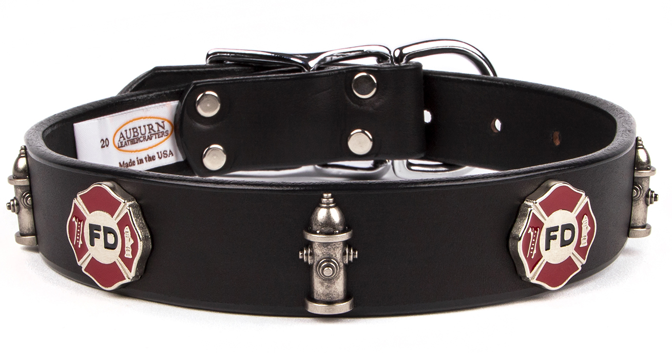 Service emblem leather dog collar that has a Fire Department emblem. Great gift for a Fireman that loves dogs.